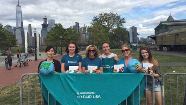 Au Pairs Volunteer With the Peace Train 2016 Tour Across America