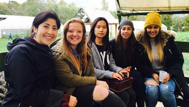 Eastside Seattle Au Pairs Visit Jubilee Farm