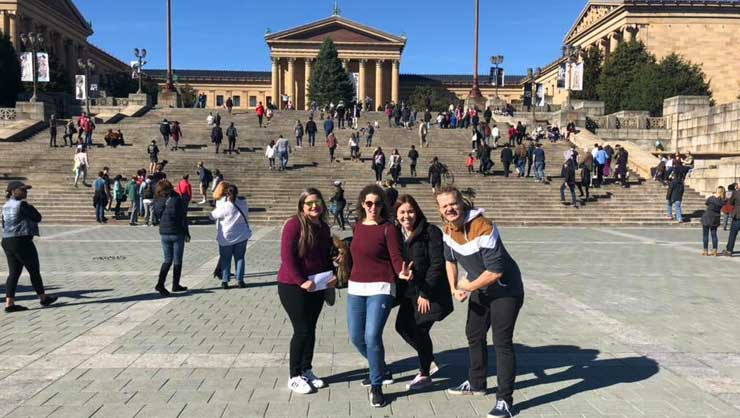 Au pairs in Philadelphia explored the city.