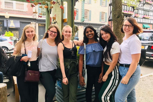 Au Pairs Soak Up Summer At Their August Cluster Meetings