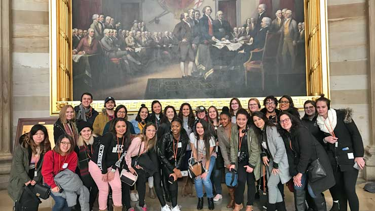Au Pairs Reflect on the Art and History of the US Capitol Building
