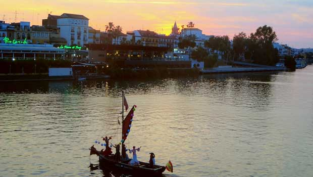 We walked along the Guadalquivir River, which runs through Sevilla.