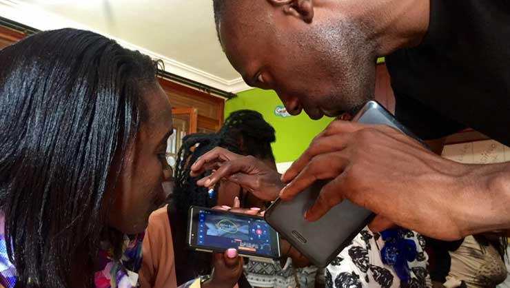 Training students in mobile-video reporting in Uganda