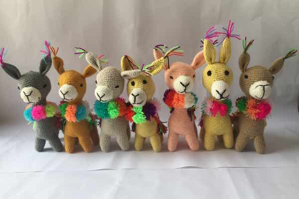 Llamas knit by the mamitas