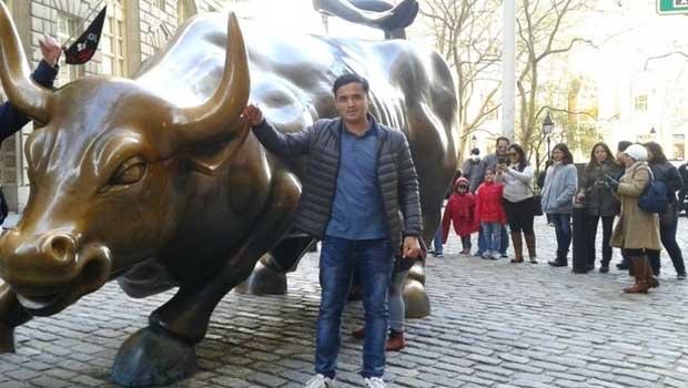 Spotlight on Mardon Akhmedov: Experiencing Adventure in a New City