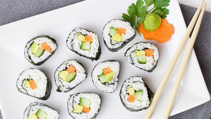 InterExchange Cooks Sushi!