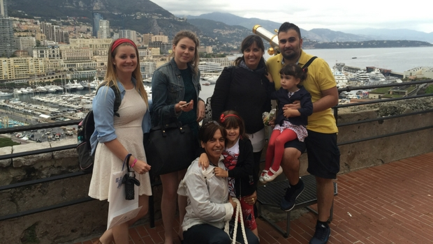 Former participant Tara enjoying an excursion with her host family.