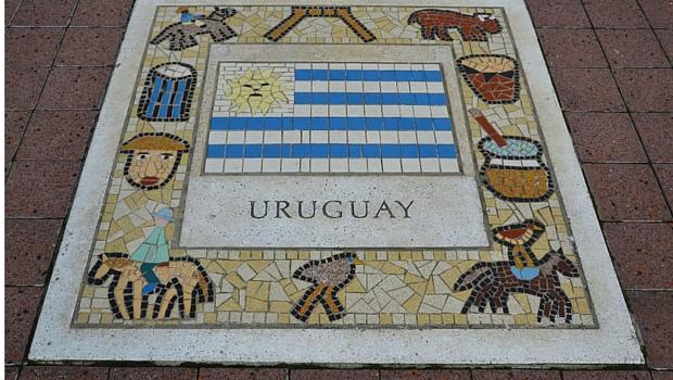 pixabay-uruguay-flag-tile