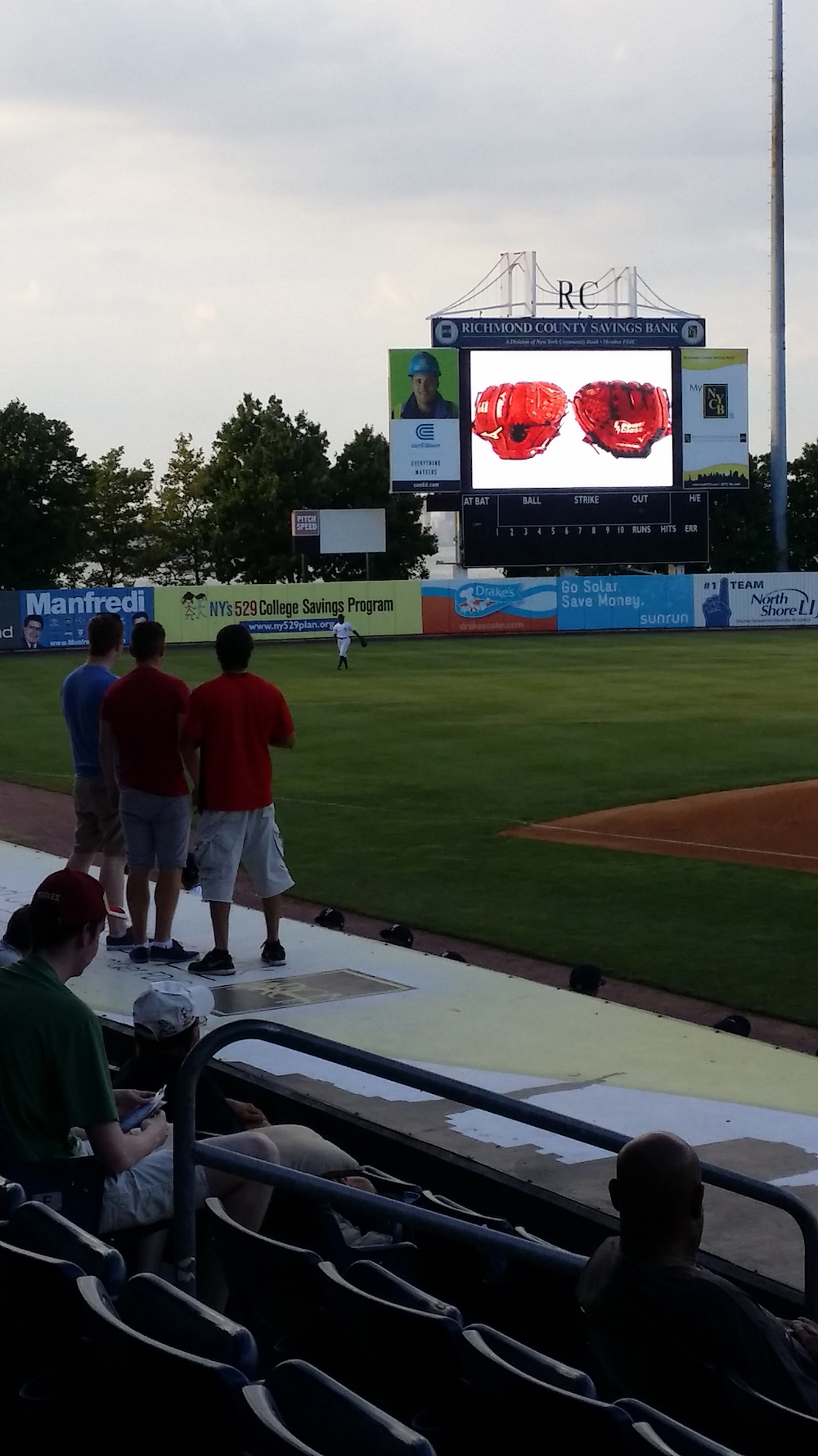 Irish Work & Travel USA Participants play Price is Right at Staten Island Yankees game