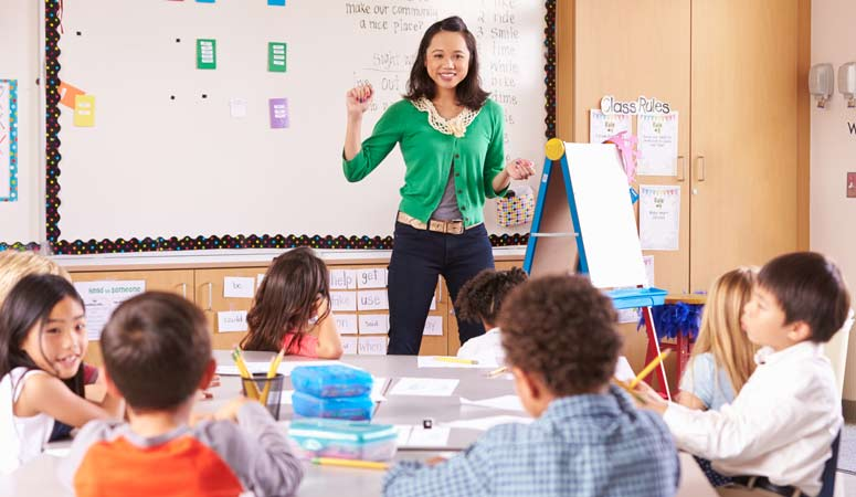 School Teaching Assistant France