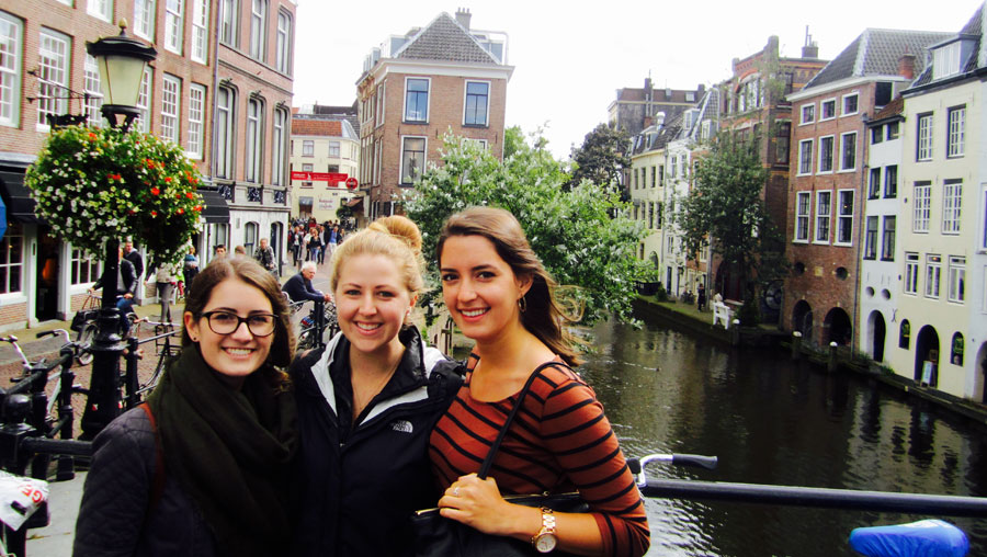 Gaby and friends with the canals!