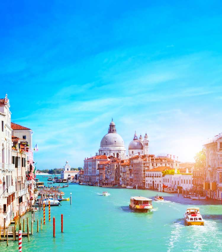 What is required to teach in Italy?